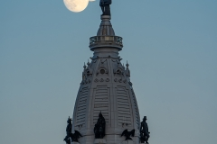 William Penn statue with Moon timelapse